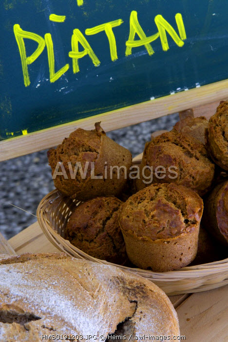 Spain, Catalonia, Barcelona, Raval district, BarcelonaReykajavik bakery, specialised in integral breads, carrer Doctor Dou 12