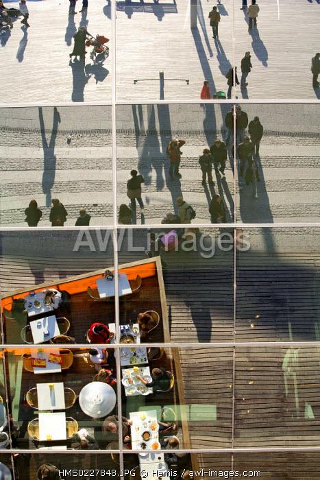 Spain, Catalonia, Barcelona, Rambla de mar, Department store, the harbour