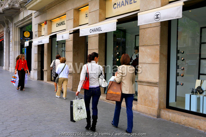 Spain, Catalonia, Barcelona, Passeig de Gracia, Chanel boutique
