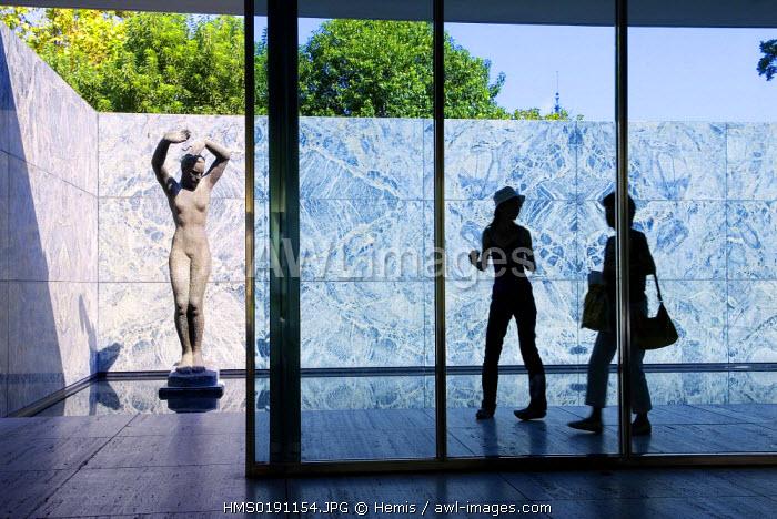 Spain, Catalonia, Barcelona, Montjuic, Mies Van Der Rohe Pavilion, avinguda Marques de Comillas, bronze statue by George Kolbe