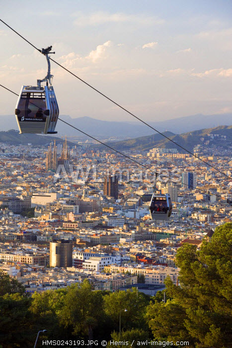 Spain, Catalonia, Barcelona, Montjuic Hill, cable car