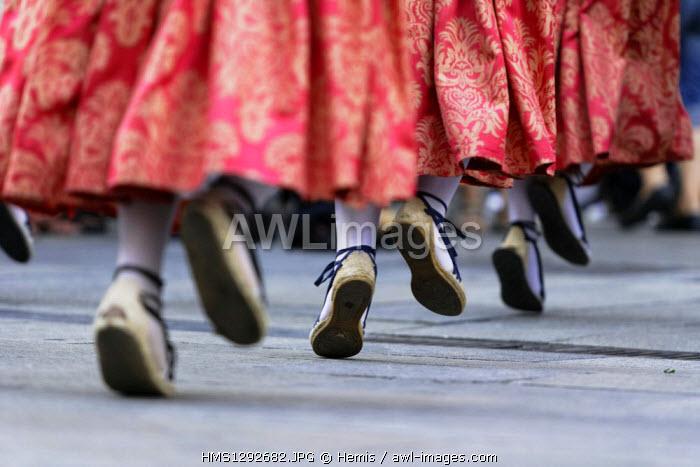 Spain, Catalonia, Barcelona, folk dances during the religious ceremony of Corpus Christi (Corpus Christi), Christian tradition that goes back to 1264