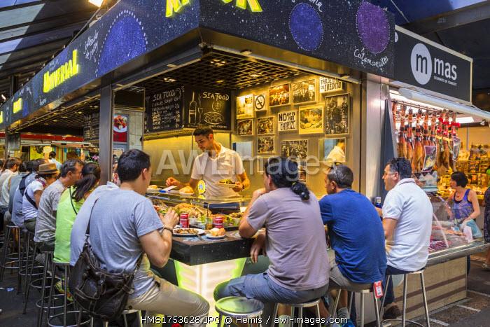 Spain, Catalonia, Barcelona, La Rambla, the Boqueria market, Tapas bar