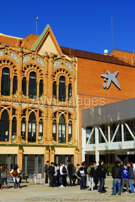 Spain, Catalonia, Barcelona, CosmoCaixa, the Science Museum of La Caixa Foundation by architects Esteve and Robert Terradas includes an old Modernist building (1904) by architect Josep Domenech i Estapa