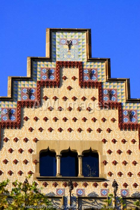 Spain, Catalonia, Barcelona, Casa Amatller by architect Puig i Cadafalch, Passeig de Gracia 41, facade detail
