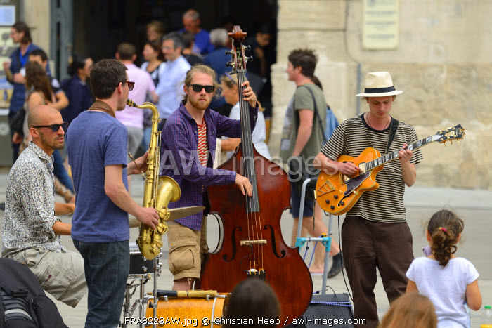 Jazz band playing in the streets of Arles, Provence Alpes Cote d'Azur, Provence, France