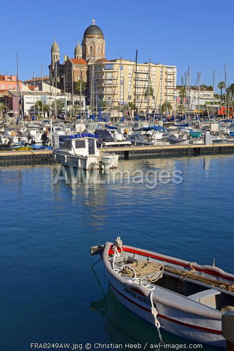 Harbour at St.Raphael, Provence Alpes Cote d'Azur, France, Europe
