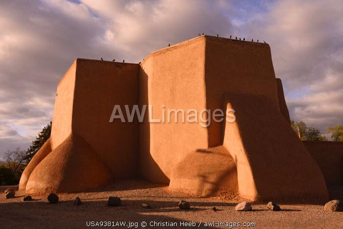 San Francisco De Asis Church, Rancho de Taos, New Mexico, USA