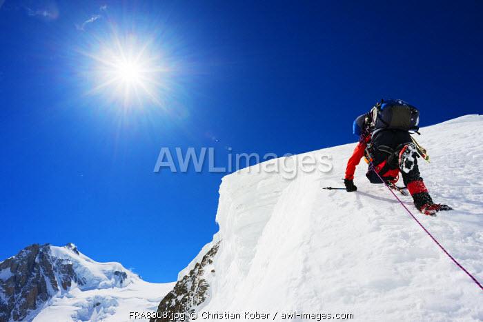 Europe, France, Haute Savoie, Rhone Alps, Chamonix Valley, Gouter north ridge on Mont Blanc (MR)
