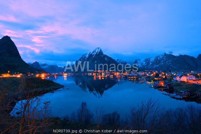 Europe, Scandinavia, Norway, Lofoten islands, Moskenesoy, Reine