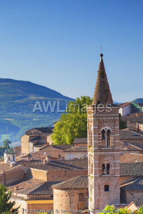 View of Urbino (UNESCO World Heritage Site), Le Marche, Italy