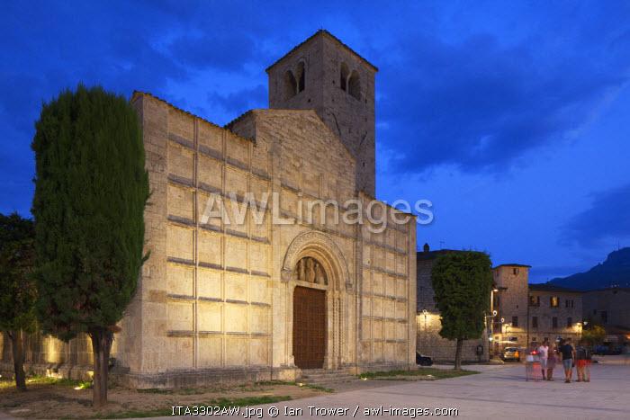 Church of Santi Vincenzo and Anastasio at dusk, Ascoli Piceno, Le Marche, Italy
