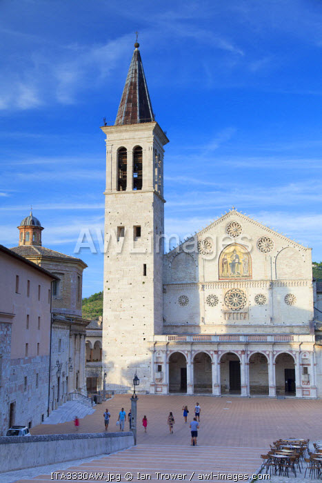 Duomo (Cathedral) in Piazza del Duomo, Spoleto, Umbria, Italy