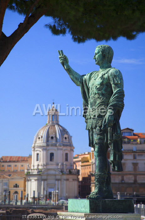 Statue of Julius Caesar in Trajan's Forum, Rome, Lazio, Italy