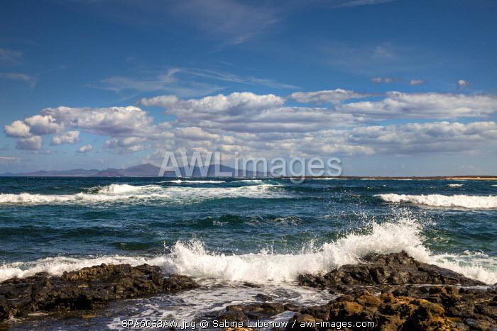 View towards the rough sea, El Cotillo, Fuerteventura, Canary Islands, Spain