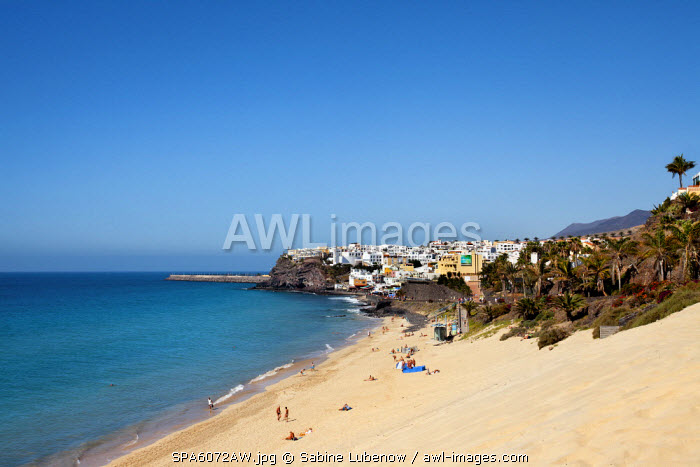 Beach and dunes, old town, Morro Jable, Fuerteventura, Canary Islands, Spain