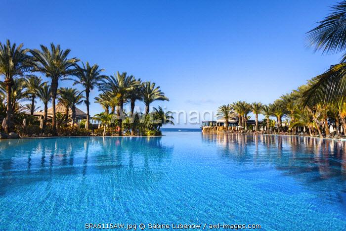 Pool, Grand Hotel Costa Melonares, Maspalomas, Gran Canaria, Canary Islands, Spain