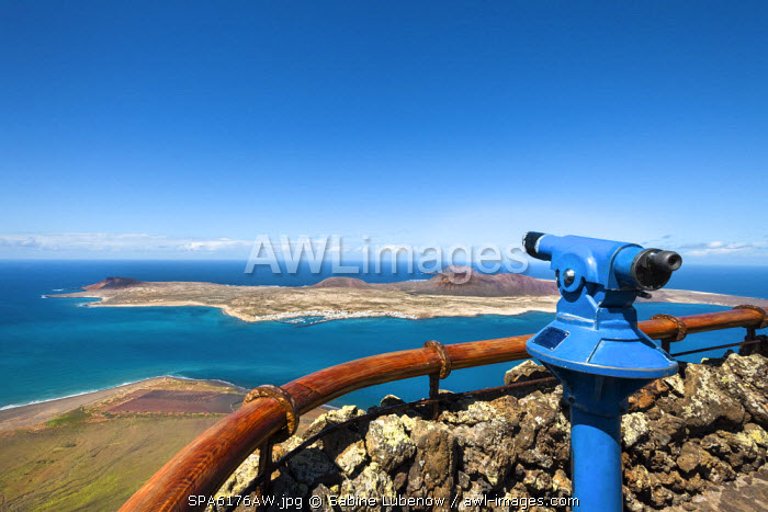 View from Mirador del Rio towards La Graciosa Island, architect Cesar Manrique, Lanzarote, Canary Islands, Spain