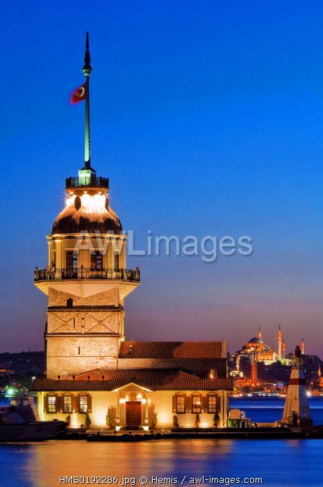 Turkey, Istanbul, Bosphorus or Istanbul Strait, Uskudar District, Kiz Kulesi (Maiden's Tower)