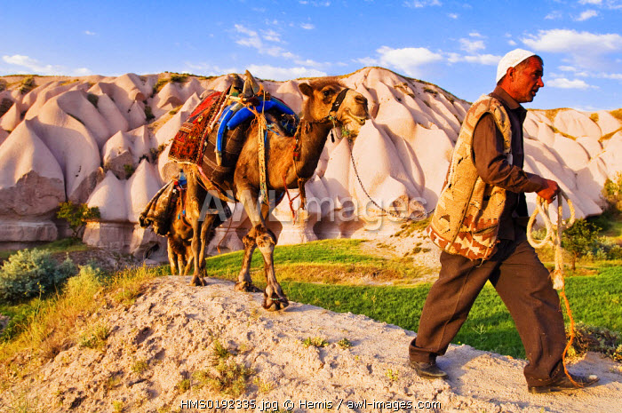 Turkey, Central Anatolia, Cappadocia, listed as World Heritage by UNESCO, Uchisar village, caravaneer Durmus G�leser