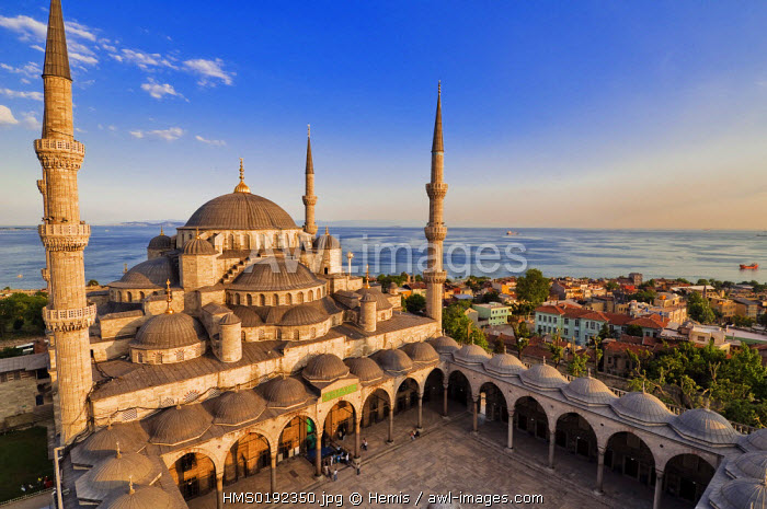 Turkey, Istanbul, historical centre listed as World Heritage by UNESCO, Sultanahmet District, Sultan Ahmet Camii (Blue Mosque)