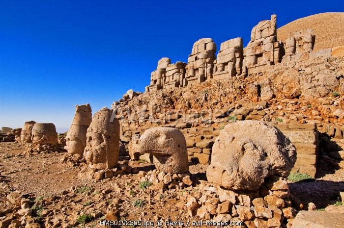 Turkey, Eastern Anatolia, Nemrut Dag (Mount Nemrut), listed as World Heritage by UNESCO, Antiochos Sanctuary, western terrace