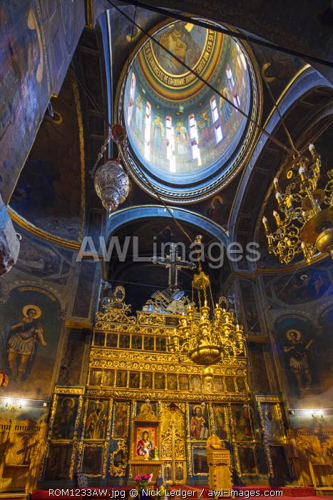 Romania, Bucharest. Biserica Curtea Veche, the Church in the Old Princely Quarter.