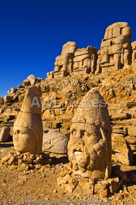 Turkey, Eastern Anatolia, Nemrut Dagi (Mount Nemrut), listed as World Heritage by UNESCO, Antiochos Sanctuary, Western terrace