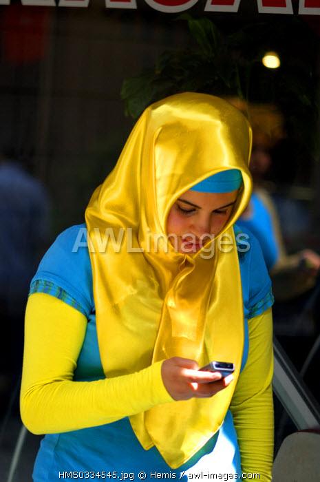 Turkey, Istanbul, Beyloglu District, portrait of a girl