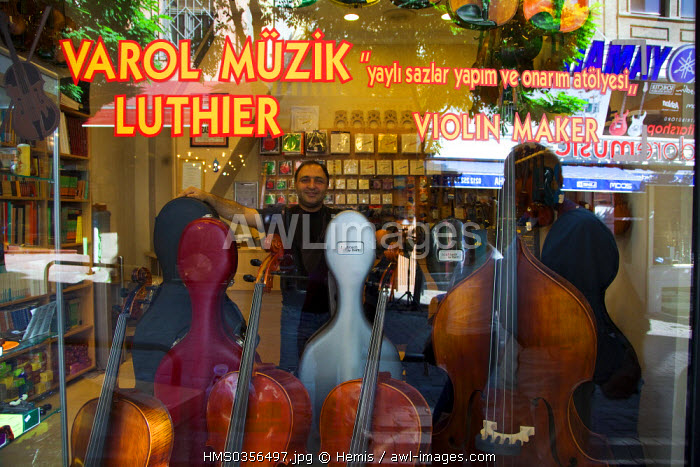 Turkey, Istanbul, Beyoglu, Taksim District, music store in Galip Dede Caddesi Street