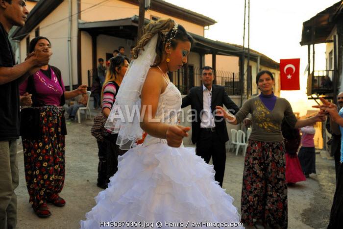 Turkey, Central Anatolia, Ankara, citadel in the old town, Gypsy wedding in the street