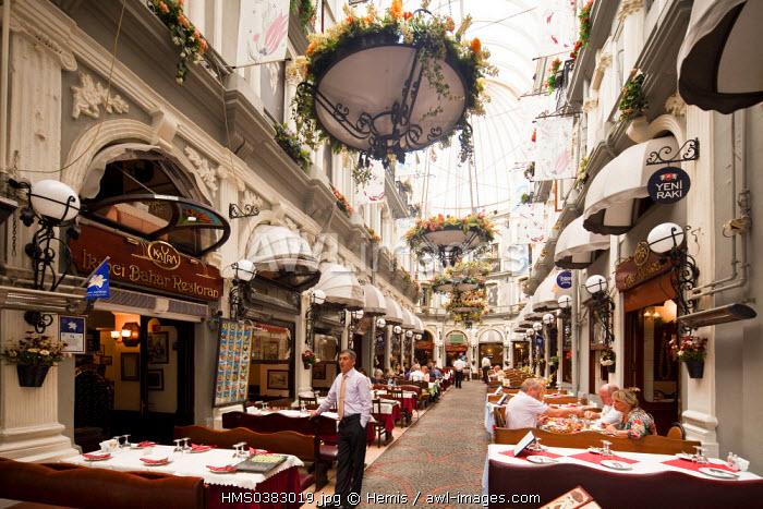 Turkey, Istanbul, Beyloglu, Taksim District, Istiklal Caddesi Street, Cicek Pasaji (the Flowers Passage)