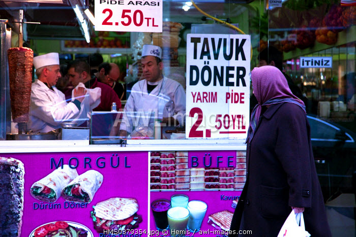 Turkey, Istanbul, Besiktas District, kebab restaurant