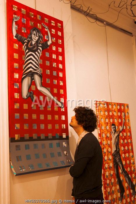 Turkey, Istanbul, Beyoglu, Taksim District, Casa dell'Arte Art Gallery in Istiklal Caddesi Street