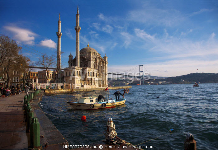 Turkey, Istanbul, Ortakoy District, Ortakoy Mosque and Bosphorus Bridge in the background