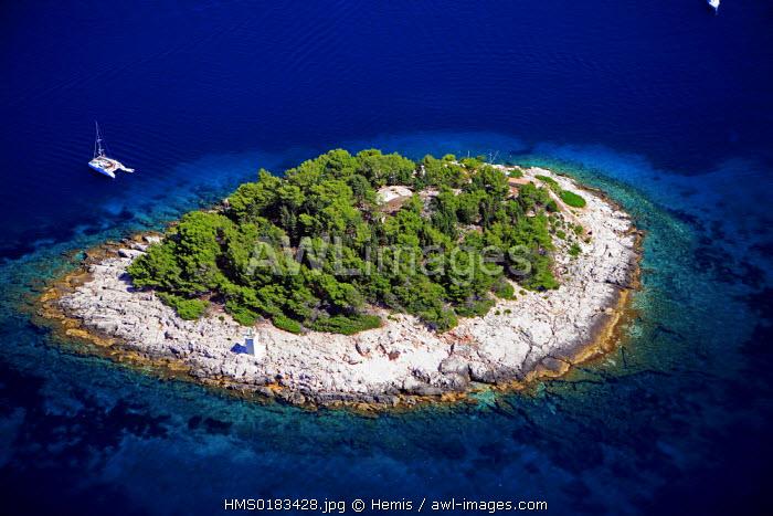 Croatia, Dalmatia, Dalmatian coast, Pakleni islands in front of Hvar island (aerial view)