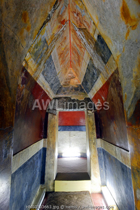 Bulgaria, Roses Valley, Kazanlak, inside 4th century BC Thrace tomb listed as World Heritage by UNESCO