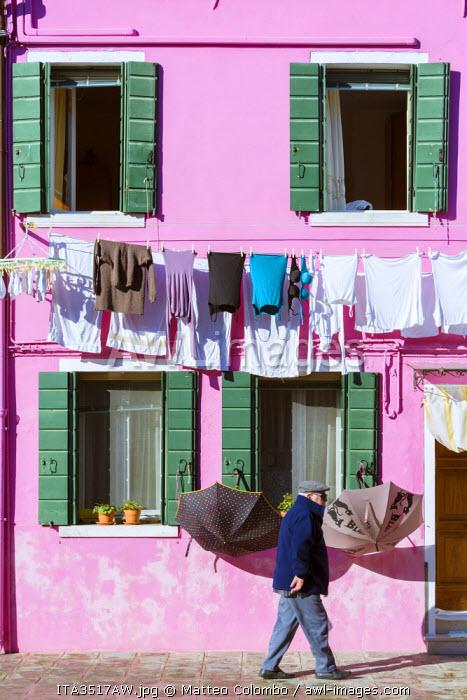 Italy, Veneto, Venice, Burano. Street view
