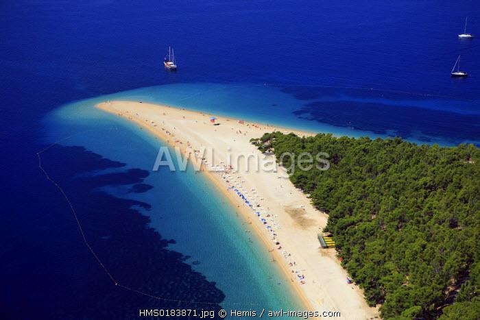 Croatia, Dalmatia, Dalmatian coast, Brac island, Bol village, Zlatni Rat beach (aerial view)