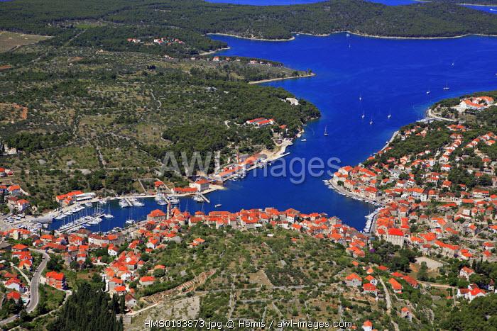 Croatia, Dalmatia, Dalmatian coast, Brac Island, Milna town (aerial view)