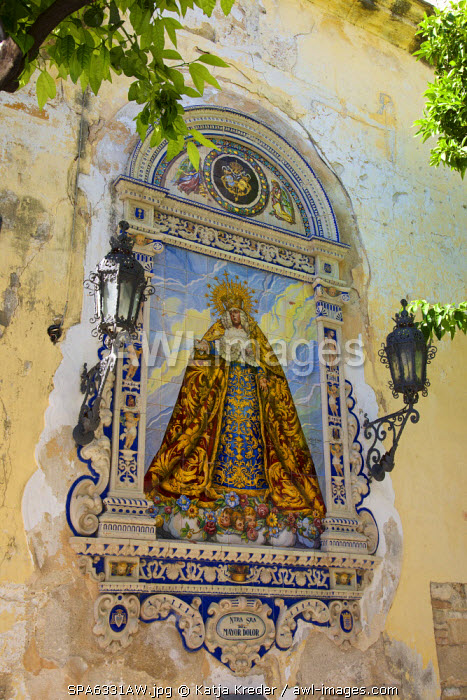 Picture of the Virgin Mary on the wall of Iglesia di San Dionisio church, Jerez de la Frontera,  Costa de la Luz, Andalusia, Spain