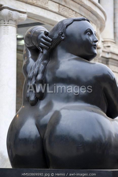 Mexico, Federal District, Mexico city, Fernando Botero sculptures exhibition facing the Palacio de Bellas Artes
