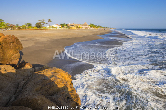 Nicaragua, Leon department, Las Penitas fishing village, the beach