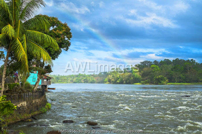 awl-images.com - Nicaragua / Nicaragua, Rio San Juan Department, the little village of El Castillo along the Rio San Juan, rainbow over the river