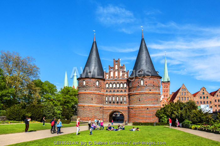 Holstentor, Lübeck, Baltic coast, Schleswig-Holstein, Germany