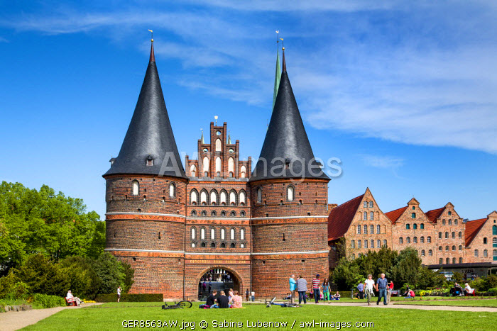 awl-images.com - Germany / Holstentor, Lübeck, Baltic coast, Schleswig-Holstein, Germany