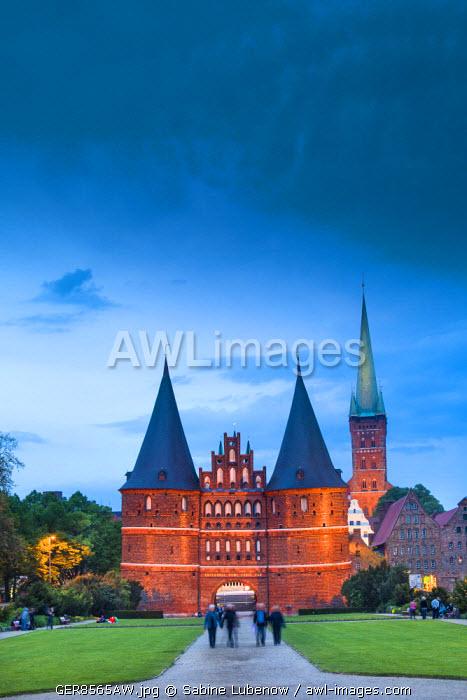Holstentor, Lübeck, Baltic coast, Schleswig-Holstein, Germany