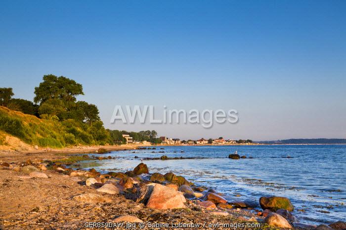 View from Brodtener Ufer towards Niendorf, Baltic coast, Schleswig-Holstein, Germany