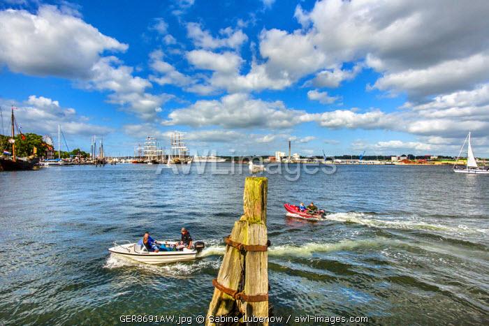 Sailing ships, Kieler Woche, Kiel, Baltic coast, Schleswig-Holstein, Germany