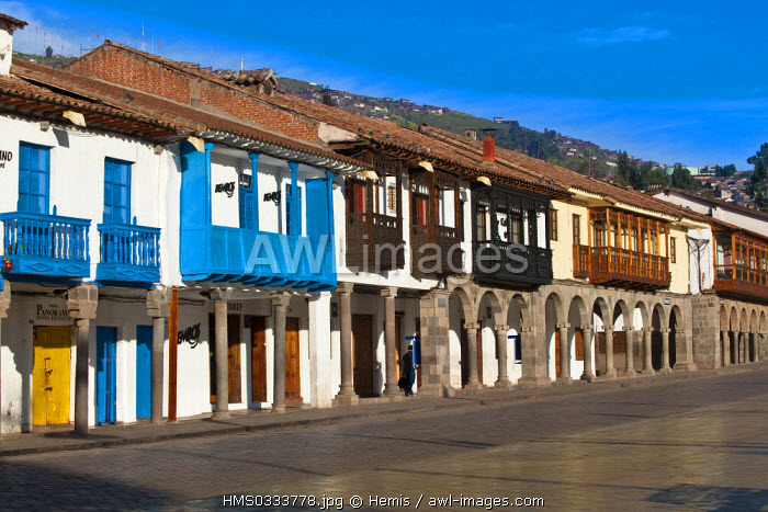 Peru, Cuzco Province, Cuzco, city listed as World Heritage by UNESCO, the arches of Plaza de Armas with colonial architecture